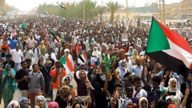 Photo of احتجاجات بالمتمة عقب اعتداء نظاميين على مواطنيين