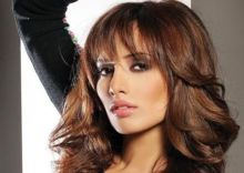 زينة تتقدم بشكوى ضد أحمد عز لتسجيل طفليها التوأم