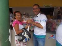 Mais de 2500 cestas são entregues a população carente pelo prefeito Pedoca
