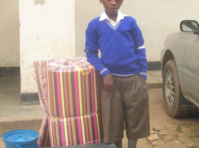 Street child Peter give a chance for a primary education