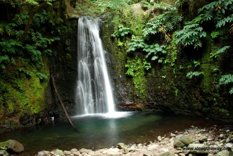 Wasserfall auf den Azoren. Lust auf Canyoning?