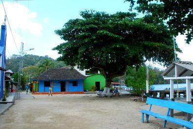 Hauptplatz von Sapzurro in Kolumbien.