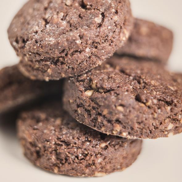biscotti farro cacao e nocciole bio