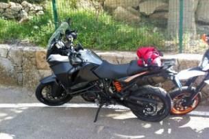 Vermomde prototypes onderweg op de Canarische Eilanden. Foto: Canarias Moto Rent