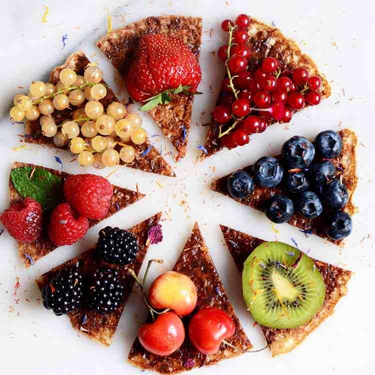 Protein Banana Pancake Pizza Recipe with fruit