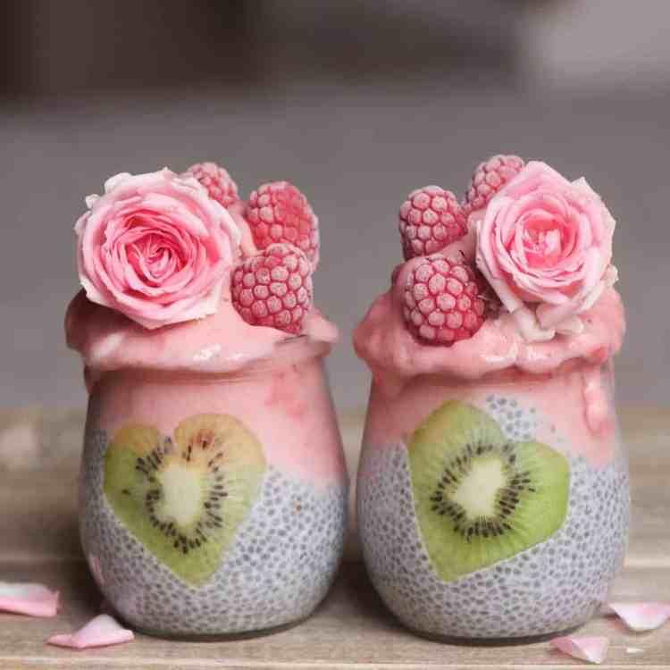 detox smoothie & Chia Pudding Jar Recipe