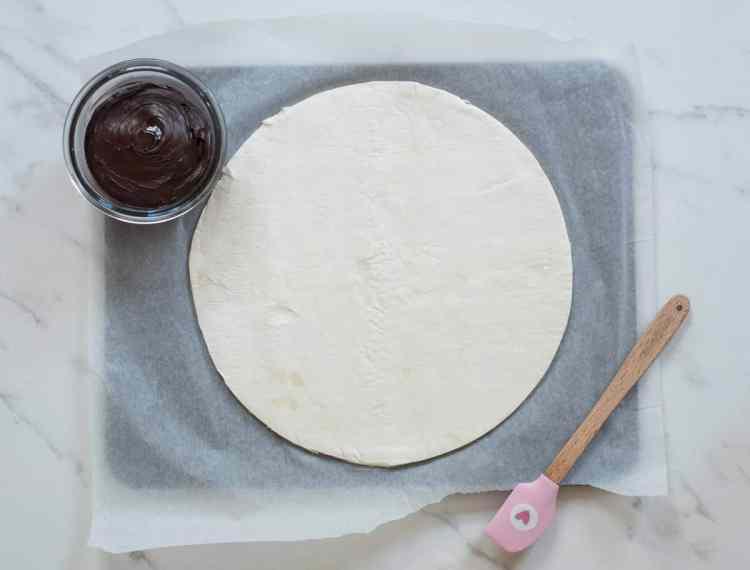 Chocolate pastry pie ' Tarte Soleil'