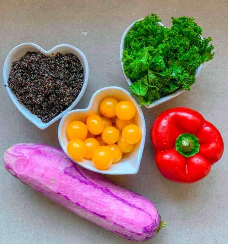 quinoa & butternut squash salad in a jar recipe . healthy meal-prep recipe
