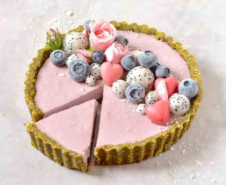 Strawberry rose tart