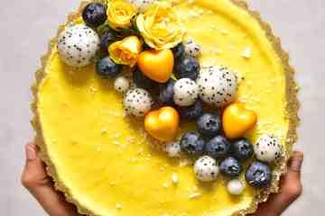 vegan pistachio & lemon tart with a raw vegan pistachio crust