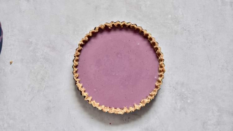 healthy no-bake, refined sugar free, vegan earl grey blueberry tart