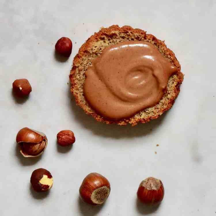 DIY Homemade vegan Nutella dairy-free, refined sugar-free, paleo, vegan & healthier