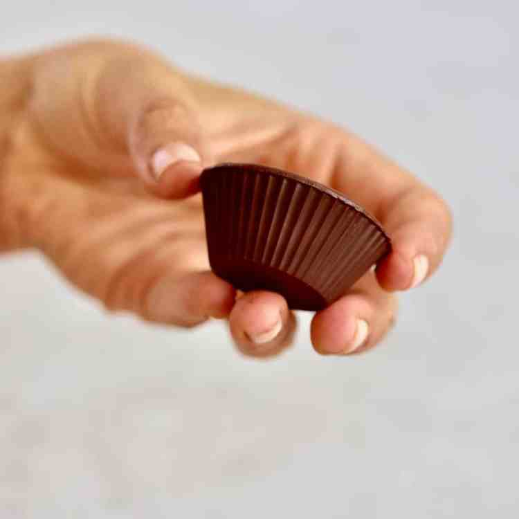 simple 6 Ingredient Healthier Vegan Chocolate Peanut Butter Cups recipe refined sugar free