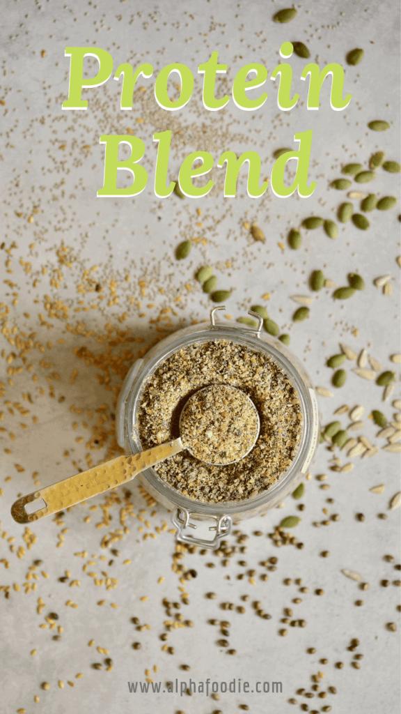 diy homemade 5-seed vegan protein powder/ blend with hemp seeds, pumpkin seeds, linseed, sunflower seeds and pumpkin seeds.