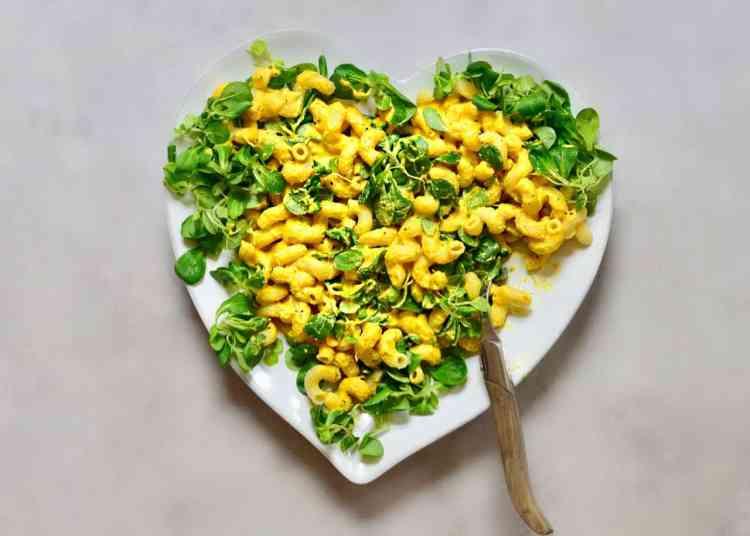 creamy vegan mac & cheese, all natural vegan cheese sauce