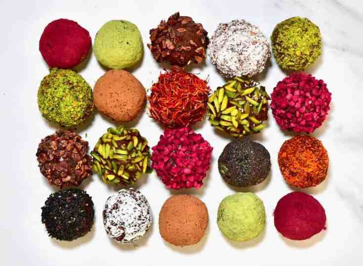 This cacao & almond protein balls recipe is a quick & simple healthy energy balls snack. With just a few minutes and clean ingredients, you can learn how to make a delicious batch of no bake protein balls.