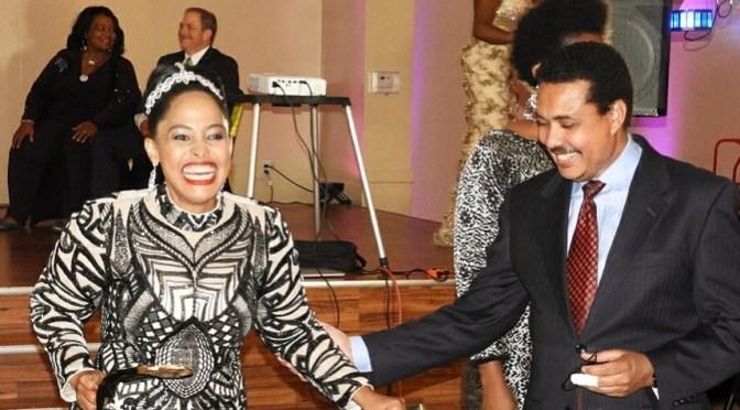 Mr and Mrs Kimesera katika ubora wao!