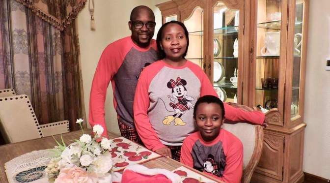 Its all about family moments: Merry Christmas from Mndalilas' family!