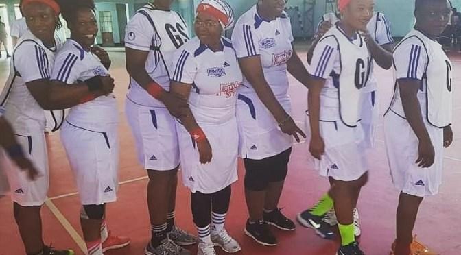 Mama Salma Kikwete ndani timu ya netball!