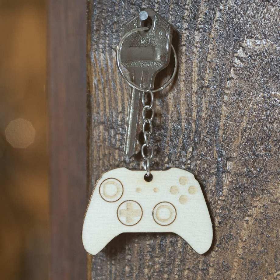 porte clé bois keychain retro xbox gaming manette console