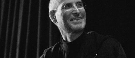 Steve-Jobs-laughing-461x346