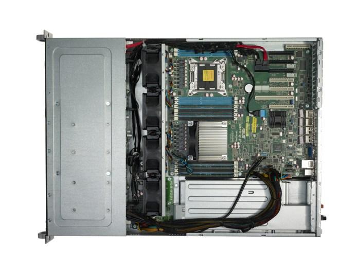Broadberry CyberServe XE5-RS720