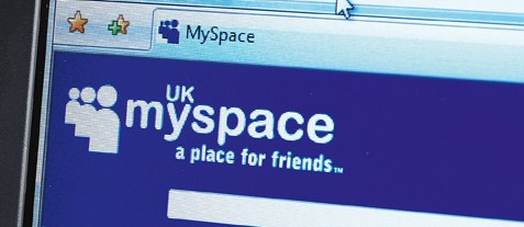 MySpace turns to videogames for recovery