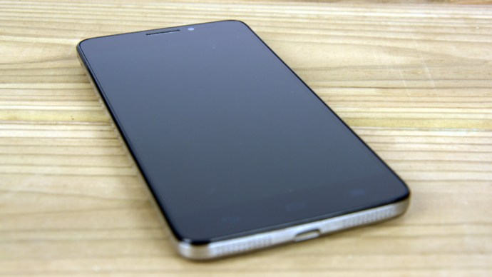 Alcatel Onetouch Idol X+ review - Front face
