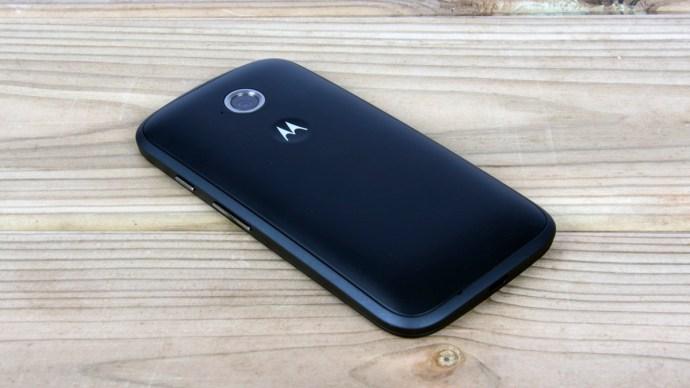 Motorola Moto E (2015) Review - full back