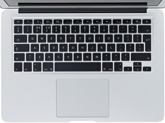 apple-13-inch-macbook-air-2015-keyboard-close-up