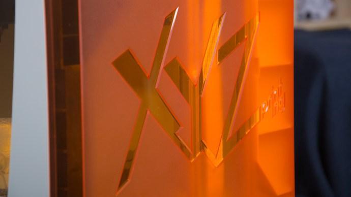 XYZprinting da Vinci Junior review: Corner view