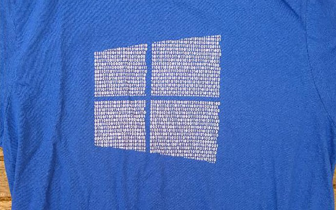 windows-10-binary-shirt