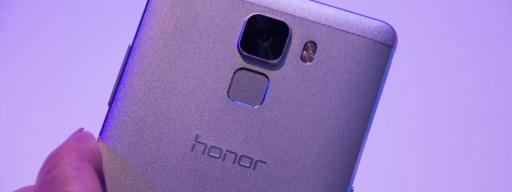 Honor 7 review: Camera and fingerprint sensor
