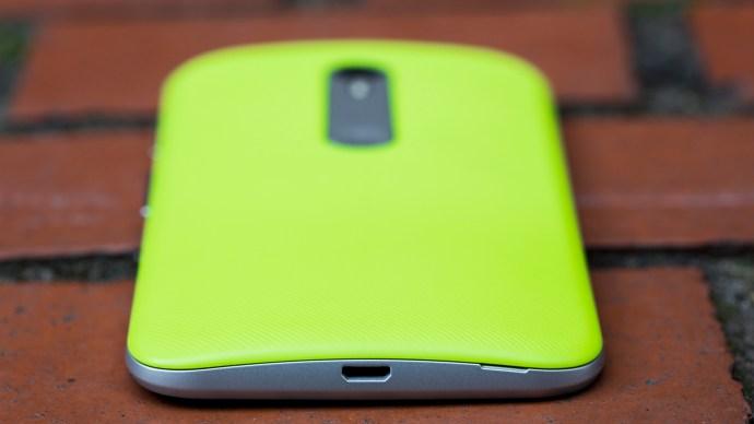 Motorola Moto G 3 review: On the bottom edge is the phone's single microUSB socket