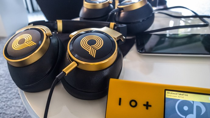 akg-n90q-on-table-with-pono-player
