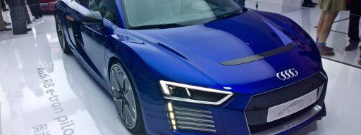audi-keynote-ces-asia-audi-r8-e-tron-piloted-driving
