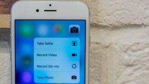 Apple iPhone 6s review: 3D Touch in action
