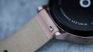 Motorola Moto 360 2 review: A small tab on the underside of the strap allows it to be removed more easily than before
