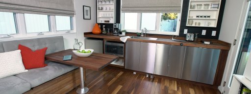 kitchen_tiny_connected_house