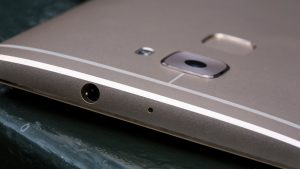 Huawei Mate S Press Touch review: Top edge