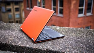 Lenovo Yoga 700 review: From the rear