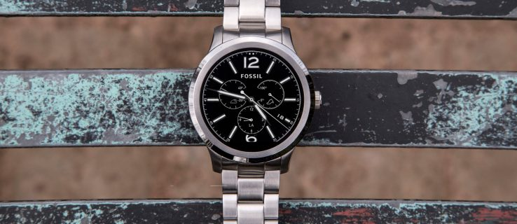 Fossil Q Founder review: Style over substance