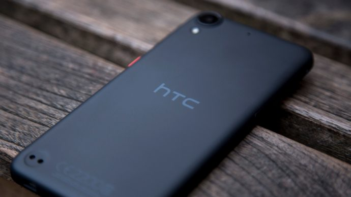 HTC Desire 530 rear at an angle