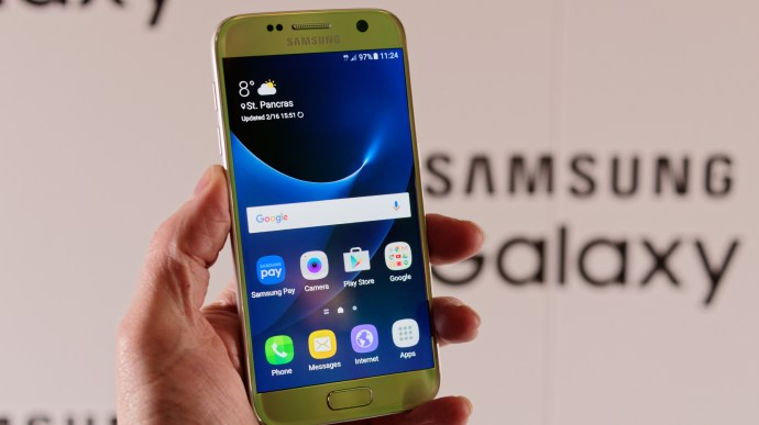 Samsung Galaxy S7 review: Front