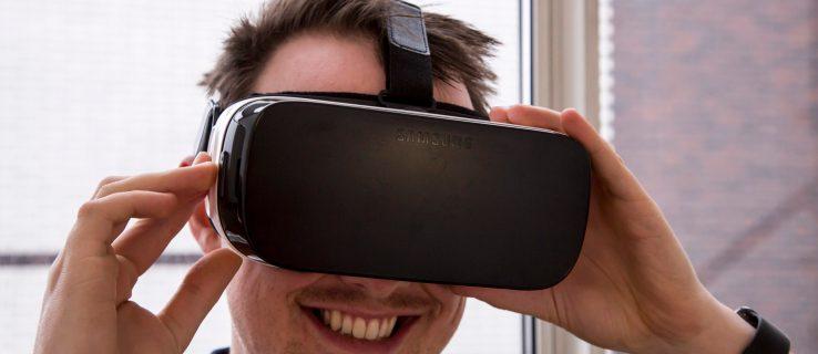 Samsung Gear VR being worn