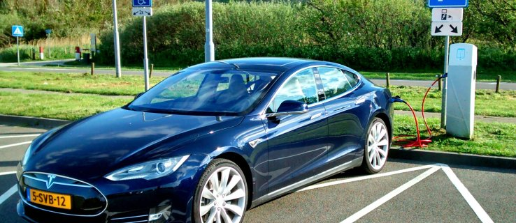 Tesla is boosting the speed of old Model X and Model S cars