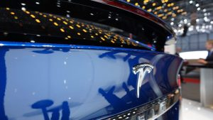 tesla_model_x_badge_3