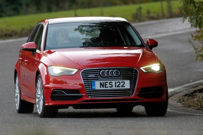 best_hybrid_cars_2016_hybrid_audi_etron
