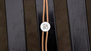 B&O Play Beoplay A1 leather leash