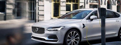 volvo_1_million_hybrid_electric_cars_2025